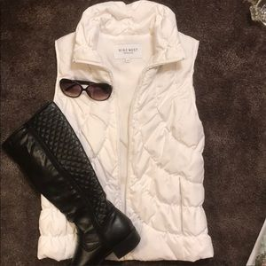 Nine West all weather puffer vest